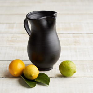 spanish-black-jug